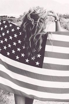 For the of July - I'd wanna do an American flag photoshoot! 4th Of July Photos, Summer Pictures, Senior Pictures, Cute Pictures, Senior Pics, Senior Year, 4th Of July Photography, Summer Photography, Photography Ideas