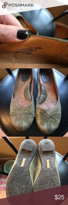 Born flats Sz 10 in woman's. Pretty soft green, nice leather with leaf pattern on toe. Born Shoes Flats & Loafers