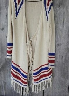 Kup mój przedmiot na #vintedpl http://www.vinted.pl/damska-odziez/kardigany/16004467-topshop-sweterek-narzuta-aztec-hit