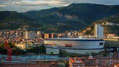 Estadio San Mames Athletic Club de Bilbao / ACXT,  España http://www.arquitexs.com/2014/10/estadio-san-mames-acxt-Bilabao-espana.html