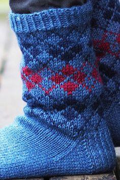 Miehen kirjoneule villasukat Novita 7 Veljestä | Novita knits