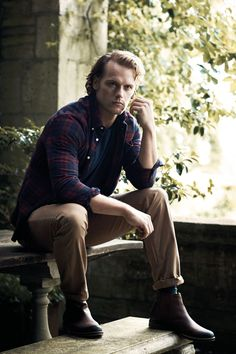 Barbour's latest men's line – worn here by Outlander star Sam Heughan – offers a varied collection of shirts that can be integrated into these four contrasting mix 'n' match looks