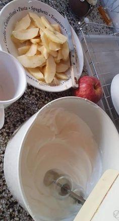 Torta de manzana invertida sin TACC Elba, Health And Beauty Tips, Sin Gluten, Sweet Recipes, Icing, Banana, Cake, Desserts, Food