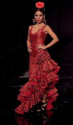 Red and black! These are my colors @Lauren DiMarco. Throw a boa on this and it's me! ;-)
