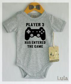 Funny baby clothes. Video games baby clothes. door HandmadeByLula