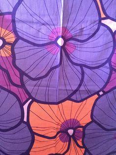70s oversize floral curtains #textiles #Floral #Prints