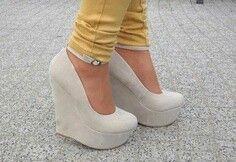 Its a shoe world