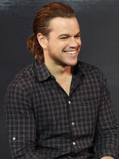 Matt Damon debuted a ponytail during a press conference for The Great Wall on Thursday, July in China — see his hot new look Jason Bourne, Matt Damon, Celebrity Beauty, Celebrity Gossip, Hair Styles 2016, Long Hair Styles, Indie Films, Long Ponytails, Man Crush Monday