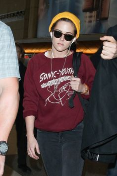 Pin for Later: Kristen Stewart Isn't Too Famous to Carry Her Own Luggage
