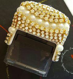 Carimbo personalizado em cristais e perolas www.elo7.com.br/serfeminina