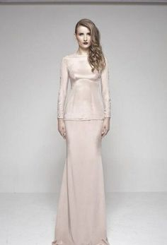 This would be my baju nikah's color. Soft champagne. Baju kurung moden.