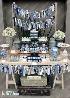 Baby shower decorations for boys, baby shower themes, baby boy shower, candy table Baby Shower Vintage, Baby Shower Fun, Baby Shower Parties, Baby Shower Themes, Denim Baby Shower, Shower Ideas, Bonbons Vintage, Vintage Cupcake, Wedding Cupcakes