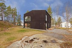 fastighetsbyran, http://trendesso.blogspot.sk/2014/04/dom-v-prirode-house-in-nature.html