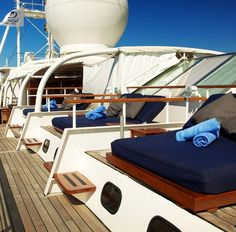 Les croisières SeaDream Yacht Club à découvrir chez Seagnature | Enjoy that #FridayFeeling everyday on our Signature #BalineseDreamBeds. Unobstructed Views. Infinite Picture Perfect Backdrops. Bliss. by seadreamyc https://www.instagram.com/p/BF6i4iWzDvz/ #croisière #seadream #vacances #voyage #bateau