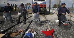 Foto: La UE examina con Turquía cerrar el paso también a los demandantes de asilo sirios (MARKO DJURICA / REUTERS)