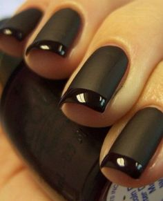 Una colección de maravilloso esmalte de uñas mate!