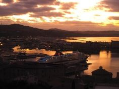Ancona Port and wonderful sky - www.littleancona.com