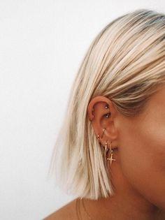 rook and tragus piercing . rook and tragus piercing together . rook and anti tragus piercing . rook piercing with tragus . piercing rook y tragus Ear Peircings, Cute Ear Piercings, Ear Piercings Cartilage, Cartilage Hoop, Multiple Ear Piercings, Tongue Piercings, Unique Piercings, Body Piercings, Cartilage Earrings