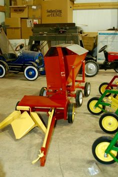 Custom Built New Holland 2-Row Silage Chopper and Side Dump Wagon for a Pedal Tractor