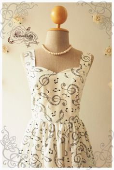 MUSIC LADY  Music dress vintage inspired sweetheart by Amordress, $48.00