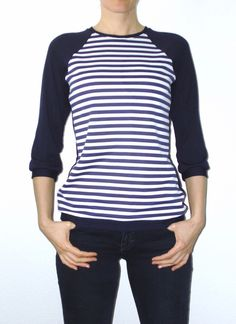 Longsleeve gestreift dunkelblau von lucylique - Mode und Accessoires made in Leipzig auf DaWanda.com