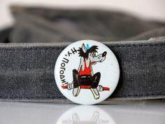 Vintage USSR pin, russian animation Nu Pogodi character wolf