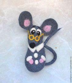 "Броши ручной работы. Ярмарка Мастеров - ручная работа Валяная брошь ""Крыся"". Handmade."