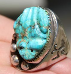 Turquoise frog ring