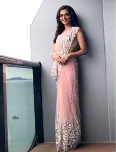 """no western dress can beat """"saari"""" Western Dresses, Indian Dresses, Indian Outfits, Chiffon Saree, Saree Dress, Trendy Sarees, Latest Designer Sarees, Elegant Saree, Saree Look"""
