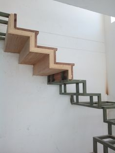 Tiled Staircase, Marble Stairs, Staircase Railings, Steel Stairs, Wood Stairs, House Stairs, Architecture Blueprints, Stairs Architecture, Railing Design