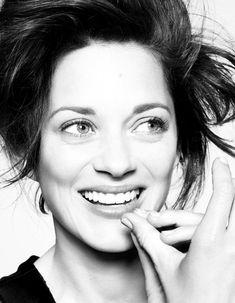 Marion Cotillard talks about Berlitz in the French ELLE Magazine - RENCONTRE AVEC MARION COTILLARD