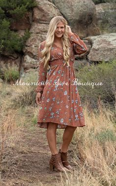 The Raven -Brown – Mountain Aire Boutique Boutique Clothing, Raven, Street Wear, Floral Prints, V Neck, Style Inspiration, Clothes For Women, My Style, Brown