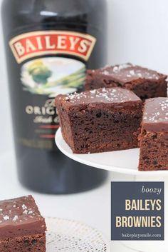 Rich Chocolate Brownies Recipe, Chocolate Baileys, No Bake Brownies, Chocolate Frosting, Homemade Chocolate, Mint Chocolate, Chocolate Biscuit Recipe, Baileys Cake, Dessert Chocolate