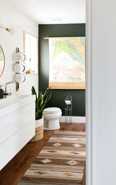 Mind-blowing $939 Bathroom Makeover