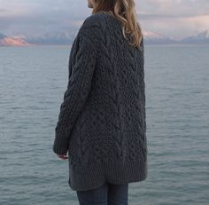 great chunky knit. stephanieu's kaide by norah gaughan, via ravelry
