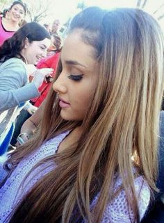 Awesome DIY Ombre Hair Color Ideas for 2017 - fashion beauty Diy Ombre Hair, Ombre Hair Color, Ariana Grande 2014, Cabello Ariana Grande, Ariana Grande Hair Color, Pretty Hairstyles, Straight Hairstyles, Brown Hairstyles, Ombré Hair