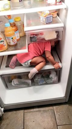 Find images and videos about baby, Elle and prinxessvibess on We Heart It - the app to get lost in what you love. Cute Little Baby, Cute Baby Girl, Little Babies, Lil Baby, Baby Kids, Cute Funny Babies, Funny Kids, Cute Kids, Cute Family
