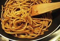 Legfinomabb kínai sült tészta 2. - húsmentes Asian Recipes, Healthy Recipes, Ethnic Recipes, Drink Recipe Book, Homemade Butter, Hungarian Recipes, Warm Food, Cold Meals, Slow Food