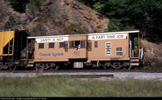 RailPictures.Net Photo: B C-3771 Baltimore & Ohio (B) Caboose at Doe Gully, West Virginia by Extra 127 South
