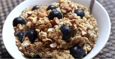 Protein-Packed Blueberry Banana Almond Oatmeal — No Dairy or Gluten! https://www.popsugar.com/node/43529404
