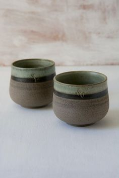 Hand Thrown Pottery Mugs & Cups for Everyday Use┃Mad About Pottery – Mad About Pottery Slab Pottery, Pottery Mugs, Pottery Bowls, Ceramic Pottery, Ceramic Bowls, Ceramic Art, Mugs Sharpie, Mug Diy, Purple Cups