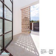 Celosía cerámica natural arena ACUS 18x18x7cm   Ceramica a Mano Alzada Shop Arch House, Architecture Design, Stairs, Exterior, House Design, Furniture, Stair Case, Screens, Home Decor