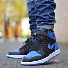"Air Jordan 1 High ""Royal Blue"""
