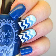 Ombre Blue Zigzag Nails