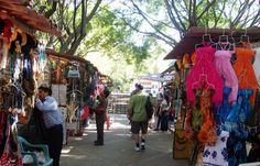 La Isla del Rio Cuale Market