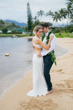 Maui Hawaii wedding and portrait photographer — Maui Wedding Photographer - Angie Diaz | Hawaii Destination Wedding Photographer | Wailea | Kaanapali | Kihei | Lahaina