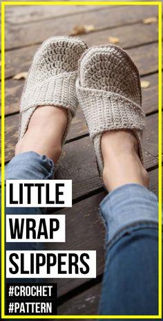 crochet Adult Little Wrap Slippers pattern - easy crochet slippers pattern for beginners Easy Crochet Slippers, Crochet Slipper Pattern, Crochet Patterns, Crochet Hats, Crotchet, Mittens, Scarves, Breien, Fingerless Mitts