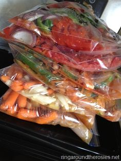12 healthy crockpot meals to be frozen prepped in 2 hours. Definately had to steal this one!