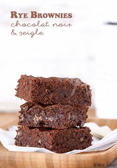 Remplacer la farine de blé par de la farine de seigle dans un brownie est sans doute l'idée la plus lumineuse et gourmande que j'ai testée ! Je vous ai déjà parlé de l'association seigle / noisette / chocolat au...