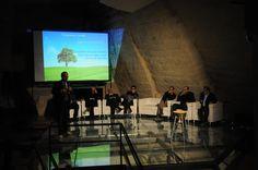 """""""Pane Nostro""""  Stefano Mancuso, direttore LINV - Università degli Studi di Firenze #BiennaleMemorie (5 Maggio 2016)"""